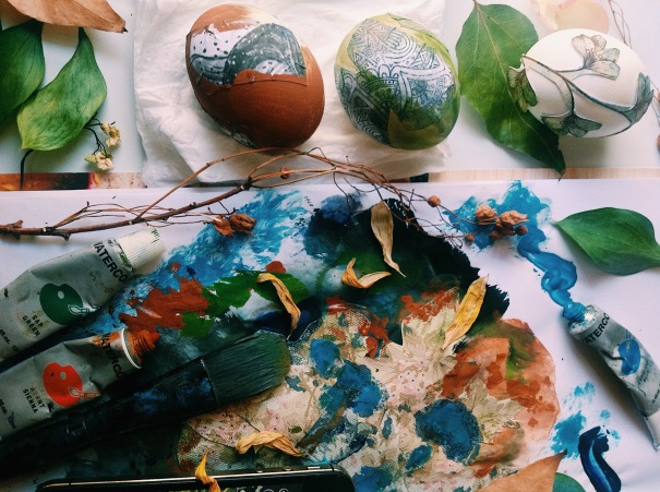 DIY egg decor - lay me down by Tamara Hart Heiner